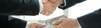 A kormány legalizálja a korrupciót